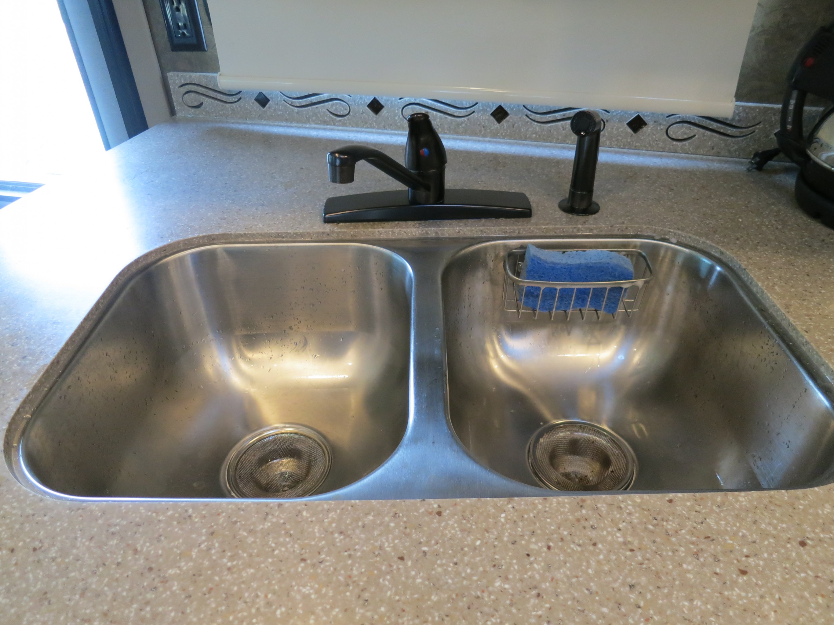Life Rebooted – Replacing our kitchen faucet