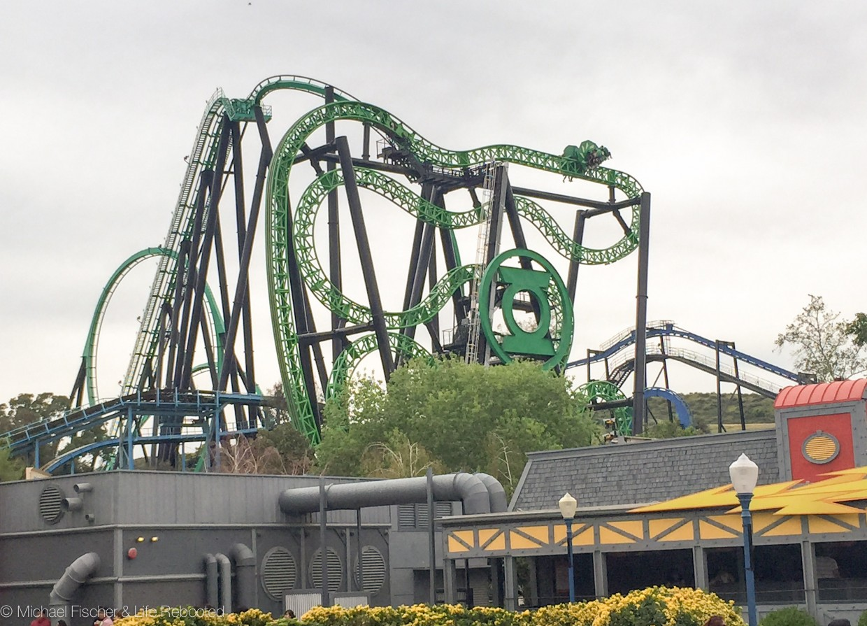 The Green Lantern, a bizarre rotating coaster.