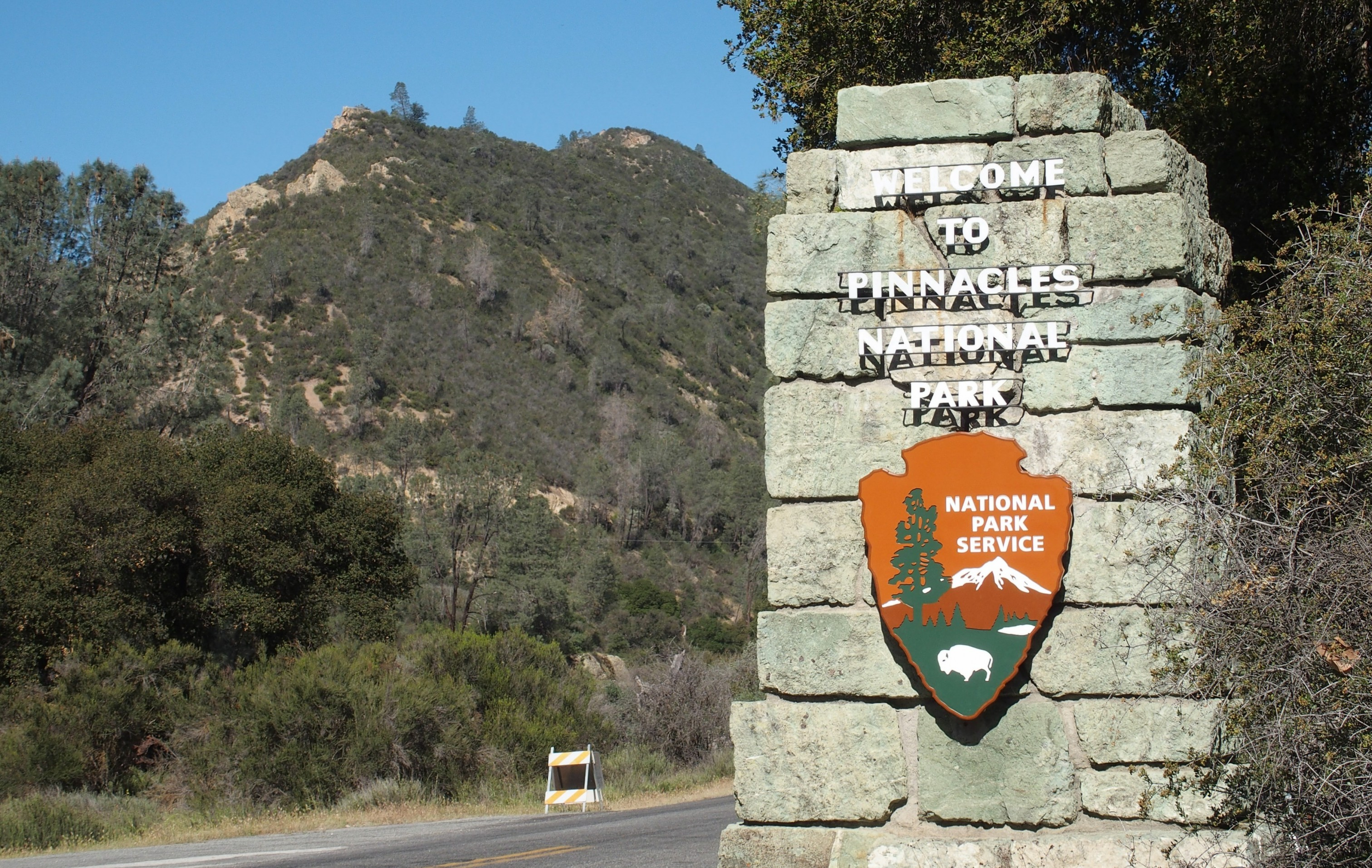 Life Rebooted – Pinnacles National Park: Cool caves, dog woes