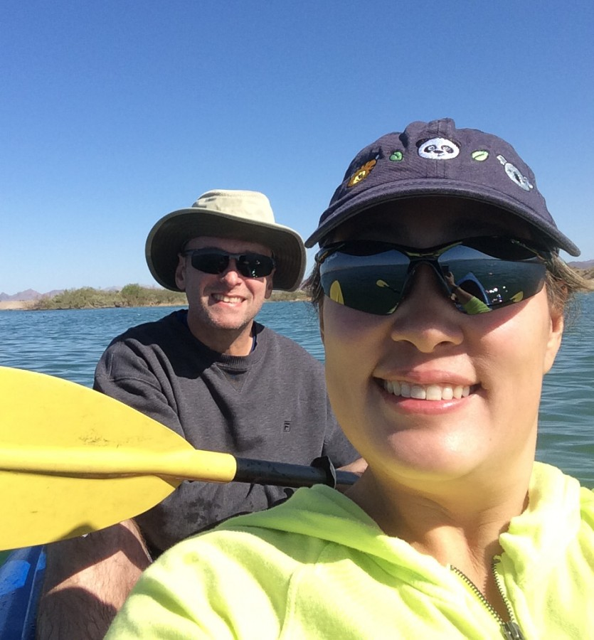 Kayaking along Lake Havasu